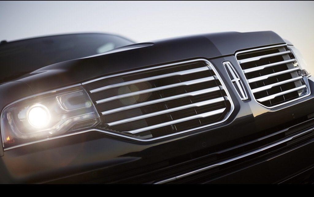 2018 Lincoln Navigator, black car, SUV